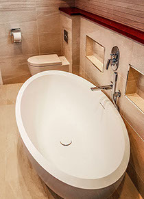 Contemporary pebble shape bath.